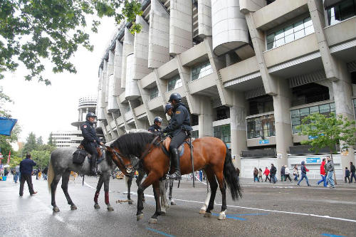 Siêu kinh điển Real - Barca trước mối lo khủng bố - 1