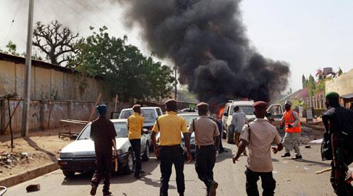 Đánh bom ở thủ đô Nigeria, 112 người thương vong - 1