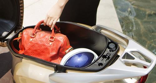 5 lý do khiến phái đẹp phải xiêu lòng trước Honda LEAD - 3