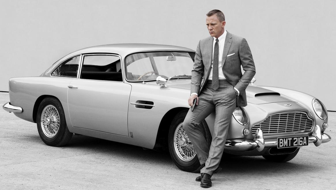 """Bật mí về dàn siêu xe """"thuần Anh quốc"""" trong phim 007 - 7"""