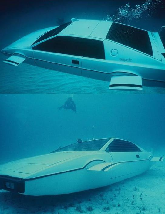"""Bật mí về dàn siêu xe """"thuần Anh quốc"""" trong phim 007 - 11"""