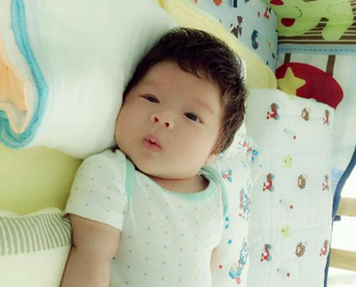 Nhật Kim Anh không còn muốn giấu hình ảnh con trai - 2