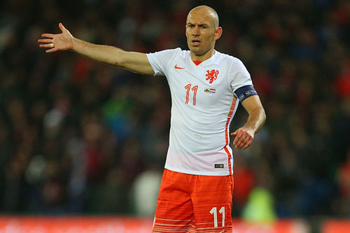 """Đội hình những ngôi sao """"lỡ hẹn"""" với VCK EURO 2016 - 6"""