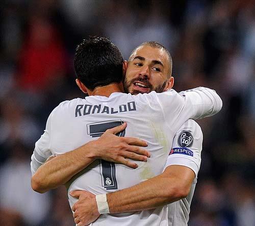 "El Clasico: Real Madrid đợi ""thần tài"" Benzema - 2"