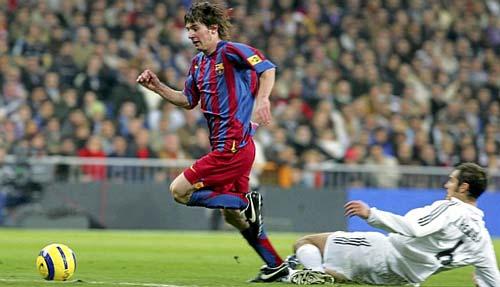 """10 năm, 30 lần Messi """"thiêu đốt"""" Real Madrid - 1"""