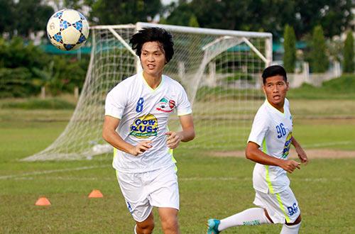 Chờ đấu U19 Hàn Quốc, Công Phượng tươi hết cỡ - 4