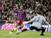 """Bóng đá - Ronaldinho: Nghệ sỹ """"số 1"""" ở sân khấu Kinh điển"""