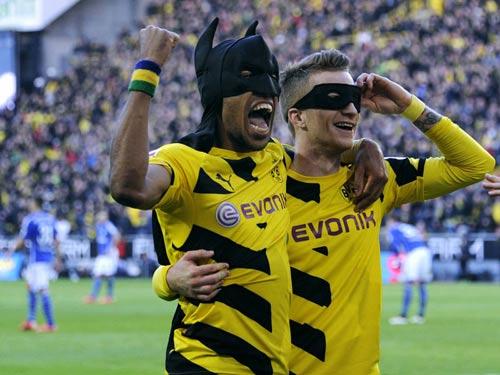 """Arsenal chi đậm hỏi mua """"Người Dơi"""" của Dortmund - 2"""