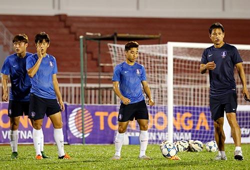 "U21 HAGL - U19 Hàn Quốc: Nóng bỏng ""chung kết"" sớm - 1"