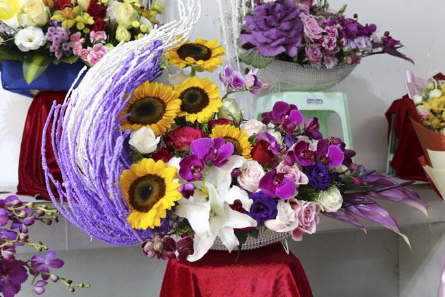 Ế ẩm thị trường hoa tươi 20.11 - 7