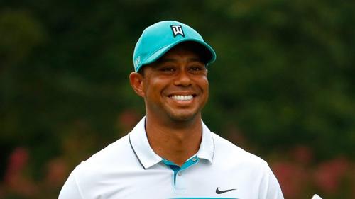 Tiger Woods lọt tốp doanh nhân U40 giàu nhất - 1