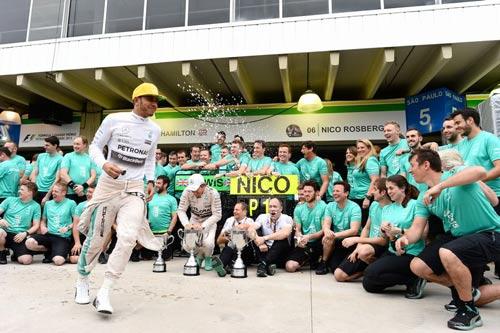 Brazilian GP – Chấm điểm tay đua (P1) - 1
