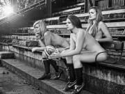 """Thể thao - Các nữ VĐV rugby """"cởi đồ"""" làm từ thiện"""