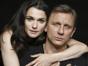 """Ngôi sao điện ảnh - Khám phá người phụ nữ """"trói chân"""" điệp viên 007"""