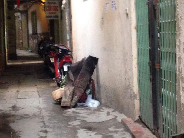Hà Nội: Một phụ nữ bị lửa thiêu, tử vong trên tầng 3 - 2