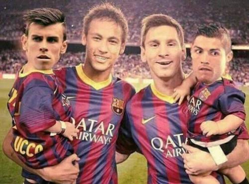 Báo chí sững sờ vì Barca, Zidane có thể thay Benitez - 7