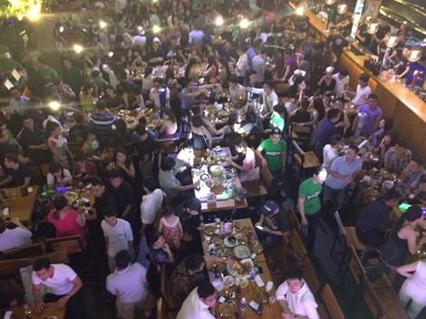 Đột kích 'vũ trường' lộ thiên ở trung tâm Sài Gòn - 3