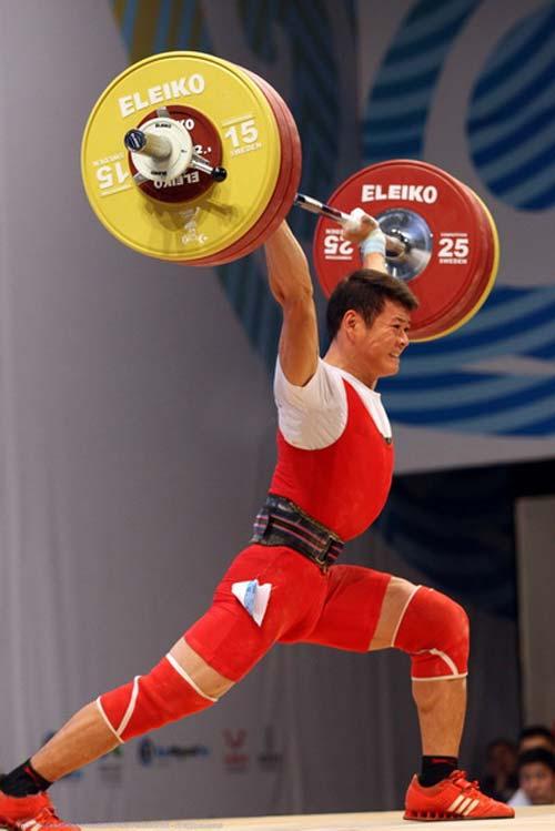 Thạch Kim Tuấn giành HCĐ cử tạ thế giới - 1
