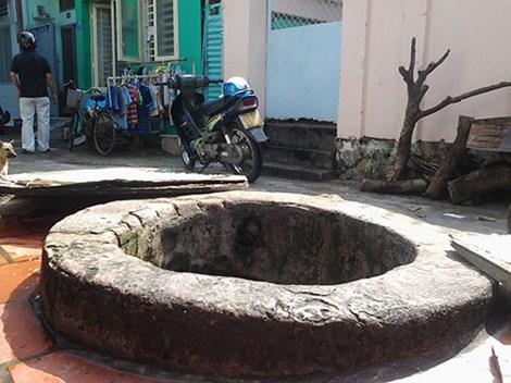 """Hai giếng cổ """"vuông - tròn"""" không bao giờ cạn giữa thành phố - 1"""