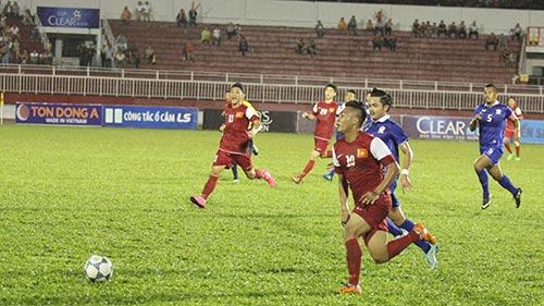 U21 VN: Cảm động Tuấn Tài khoe bàn thắng tặng mẹ - 2