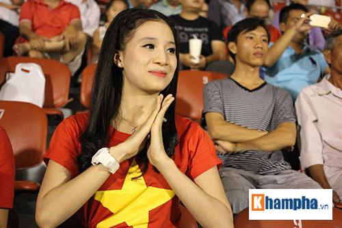 """Fan âu lo và vỡ òa khi U21 Việt Nam 4 lần """"ra đòn"""" - 7"""
