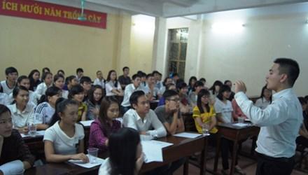 9x dạy tiếng Anh miễn phí nhiều sinh viên - 1