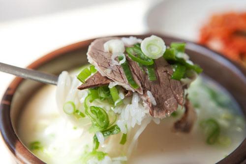 Những món ăn không thể bỏ qua khi du lịch Hàn Quốc - 10