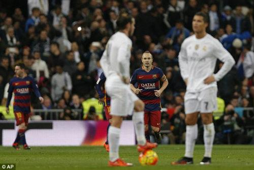 "Perez ủng hộ Benitez: Hãy cứ ""trảm"" Ronaldo nếu cần - 1"