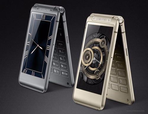 1448251824 1448251657 60 Samsung W2016 nắp gập chính thức trình làng