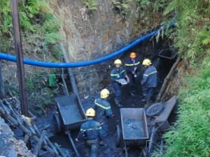 Tin tức trong ngày - Chưa khởi tố vụ sập hầm than làm 3 người chết ở Hòa Bình