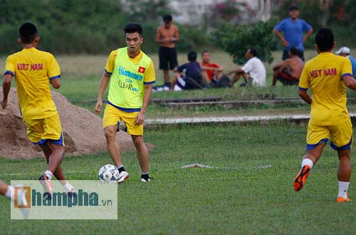 U21 Việt Nam sẽ đá thực dụng khi gặp U21 HAGL ở bán kết - 1