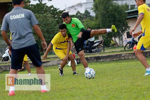 U21 Việt Nam sẽ đá thực dụng khi gặp U21 HAGL ở bán kết - 9