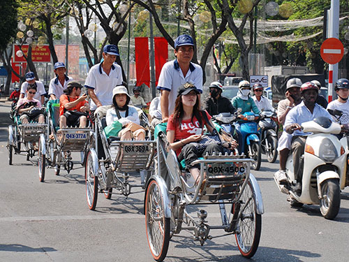 Du lịch Việt vẫn lận đận - 1