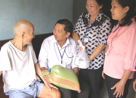 Những điều bắt buộc phải biết về người cao tuổi - 1