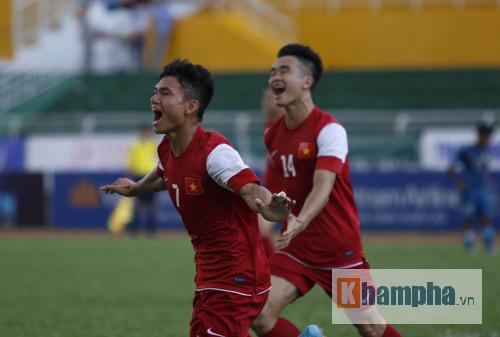 """U21 VN - U21 Singapore: Thăng hoa trong """"thủy chiến"""" - 1"""
