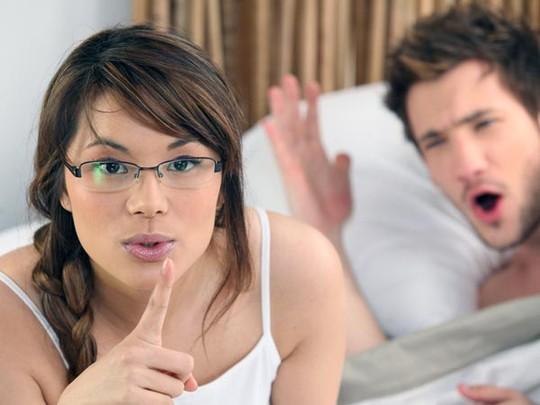 10 hành động kỳ lạ khi ngủ và nguyên nhân - 2