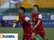 Bóng đá - Dùng chân cực tệ, thủ môn U21 Singapore trả giá đắt