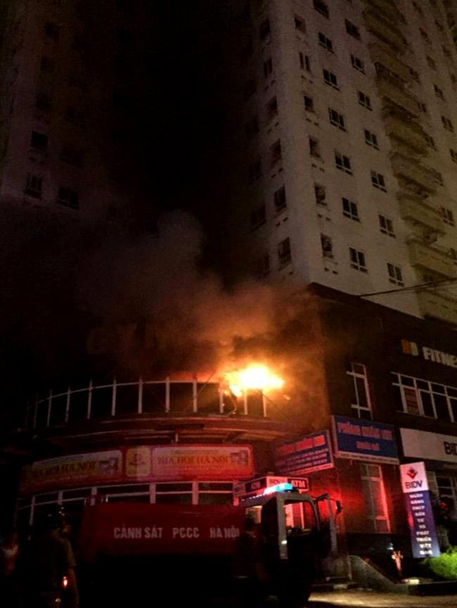 Cháy chung cư tại Hà Nội - 2