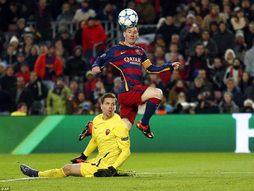 Messi thích xem đồng đội thi đấu từ ghế dự bị - 1