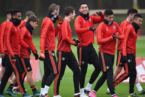 Rooney, Martial tái xuất, MU ngập tiếng cười - 4