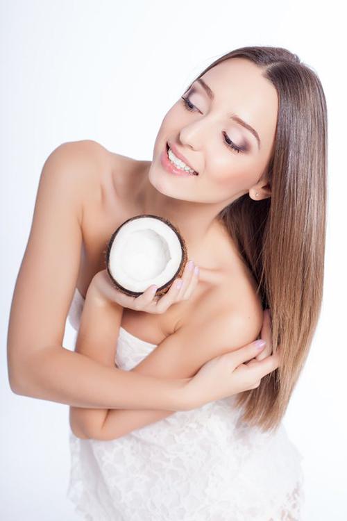 6 cách dùng dầu dừa để răng trắng, da sáng, tóc mượt - 3