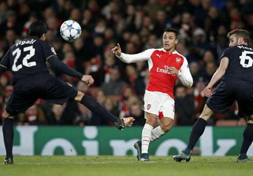 Arsenal: Ơn giời, Sanchez đã trở lại! - 1