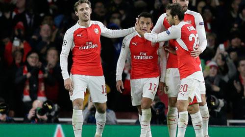 Arsenal: Ơn giời, Sanchez đã trở lại! - 2