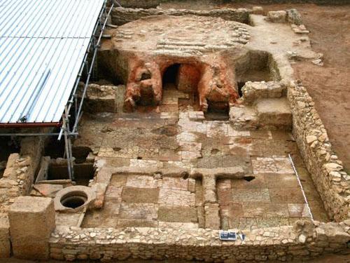 Bí ẩn vùi lấp dưới lòng đất của thành cổ Hy Lạp - 2