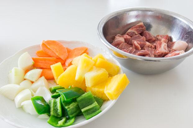 Thịt lợn xào chua ngọt - món ngon cho cả nhà - 1