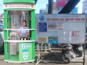 Tin tức Việt Nam - Đà Nẵng: Người dân được phục vụ nước uống miễn phí