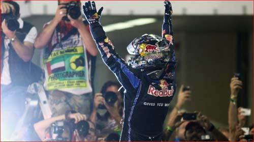 F1, Abu Dhabi GP: Vận đỏ của Vettel - 1
