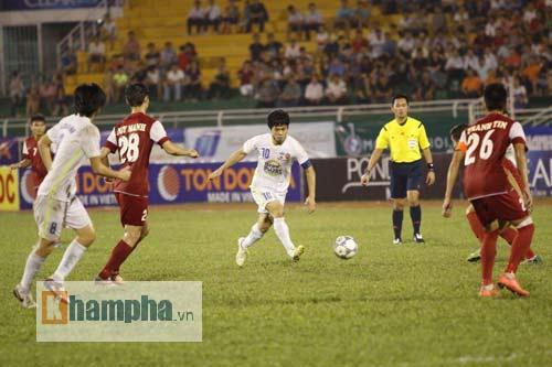 Công Phượng chói sáng, hàng thủ U21 VN lao đao - 5