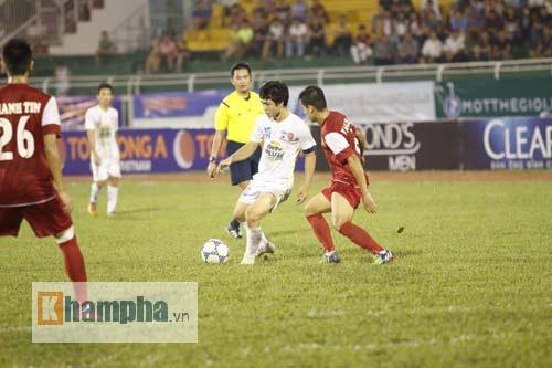 Công Phượng chói sáng, hàng thủ U21 VN lao đao - 6