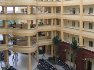 Giáo dục - du học - Tại sao trường ĐH Kinh doanh và Công nghệ được mở ngành y?